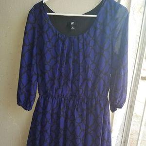 Iz Byer Blue Pattern 3/4 Sleeve Knee Length Dress